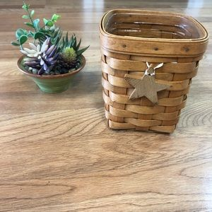 Longaberger small basket w/liner & Star ornament